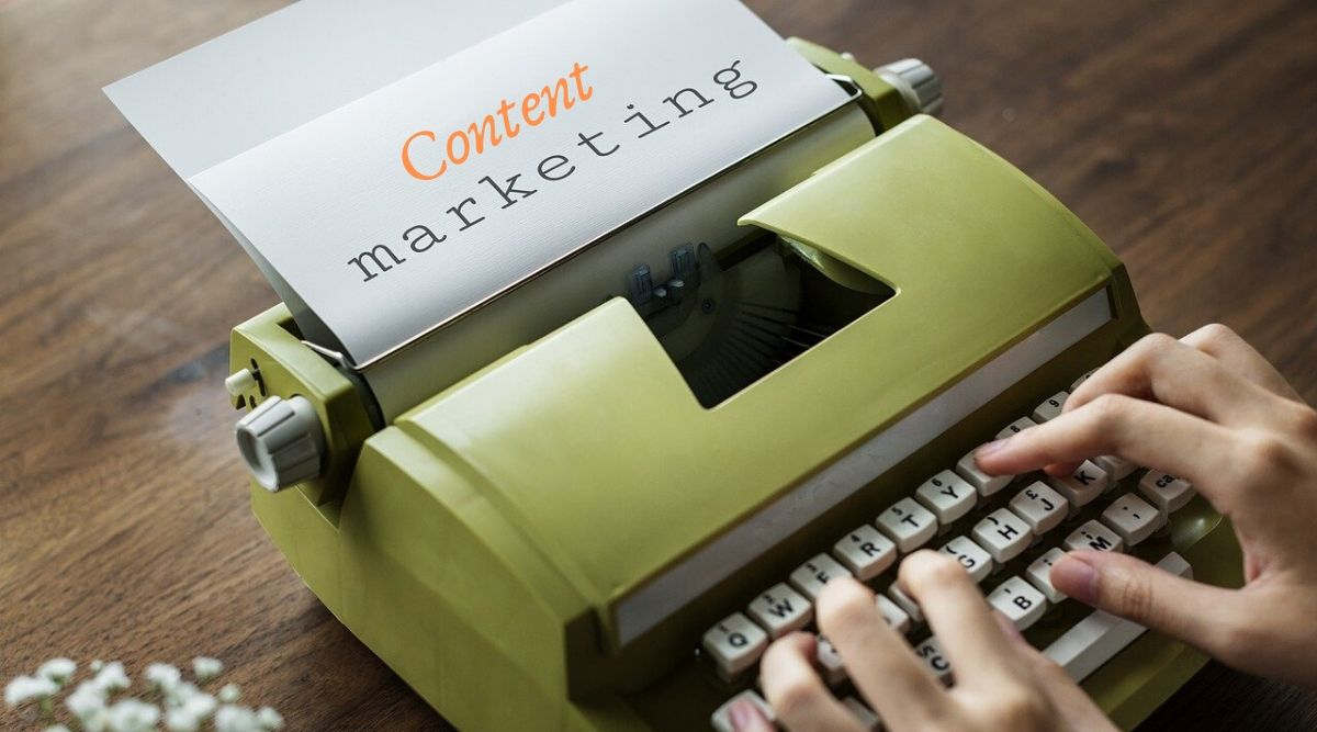 Macchina da scrivere content marketing